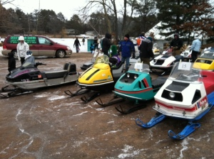 Fun day at the snowmobile antique/vintage show.....nice turnout!